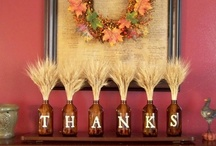Thankful Thanksgiving Decorations – Spectacular D.I.Y. Projects  / If you're looking for entertaining and easy ideas to get your home ready for the harvest season; try these creative Fall and Thanksgiving crafts with plenty of autumn spice. #Thanksgiving#Thanksgiving Decorations#DIY Thanksgiving Projects / by Julie Sloan