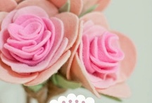 Felt flowers / Felt and fabric flowers and stuff / by danielle thevintagechronicles