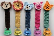 Crochet Pacifier Holder / Nuggihalter / by Nathalie Cornel