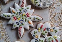 Cookie Decoration Ideas and Tips / by Bea's Patisserie