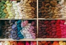 Vive la laine / Des projets de tricot pour les prochaines années... / by Lise Ouellet