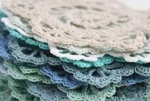knitting & crochet / by Romana Marková