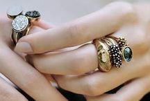 Jewellery / by Hanna