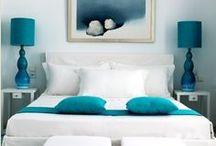 Beds & Bedrooms / by Livia Bustillo Fdez. de Bobadilla