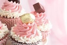 Cupcakes / by Sam Mills