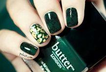 Nails / by Carmaris Torres