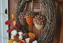 Door Decor, Garlands & Wreaths / by Jan Jamison