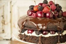 torte, frosting and deco / by Karolina