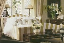 Home decor/Bedrooms / by Suzanne Timon
