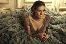 Carrie Bradshaw / by Sarah Mendelsohn