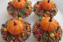 Cupcakes / by Barb Morris Hunt