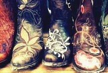 BOOTS!!! / by Sunny Dreams