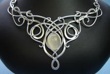 ~*~ Wire Works / Wonderful wire worked jewelry!  Many how to tutorials!  Enjoy!  / by Kellena M Harrington