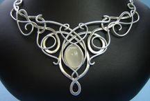 ~*~ Wire Works / Wonderful wire worked jewelry!  Many how to tutorials!  Enjoy!  / by Kellena M Harrington