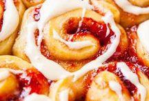 *homer drool*  / food that makes ya wanna dribble. / by Kimberly Jones