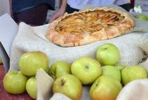 Apple Cake / by Katriina Anttila