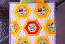 Hexagon Quilts and Blocks / by Lorna McMahon