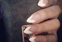 nails nails nails / by stevie laroche