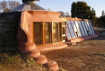 Natural/Green Buildings / by Permaculture Lifestyles