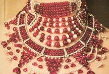 Oooh, shiny necklaces!  / by Khushali Jariwala