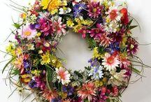 Wreaths / by Mariella Almasio
