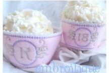 In The Hoop: Cupcake Wrappers & Toppers / by Embroitique