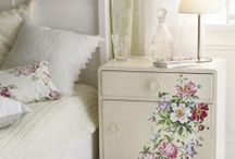 Furniture Makeovers / by Christina Kirk