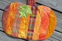 Quilts - tablerunners, placemats and such / by Satellitt