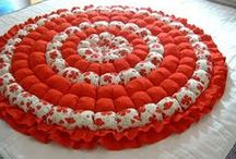 Quilts - Red and White / by Satellitt