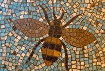 bee buzzzz / by Janet Thomas