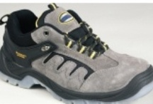 Safety Trainers | Steel Toe Cap Trainers | Steel Toe Cap Shoes - Carlton Safety / Carlton safety offers the latest in safety trainers, steel toe cap trainers, steel toe cap shoes etc. These safety shoes are ultimate in comfort and functionality. http://www.carltonsafety.com/athletic-safety-shoes/safety-trainers / by Carlton Safety