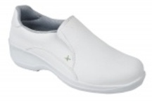 Ladies Safety Shoes | Safety Shoes for Women | Lightweight Safety Shoes - Carlton Safety / Offering stylish and very comfortable safety shoes for women. Browse through our exclusive range of ladies safety shoes & lightweight safety shoes. http://www.carltonsafety.com/safety-footwear/ladies-safety-shoes / by Carlton Safety
