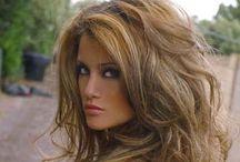 HAIR / by Dellani Spradling