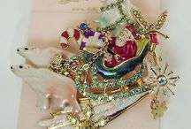 Kirks Folly Jewelry / by Claudia Richard