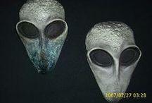 Alien Sculptures / by Desi Costanza