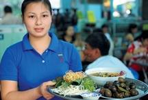 Vietnamese Foods / by Chau Janowski