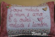 Almofadas / by Eliana Domingos