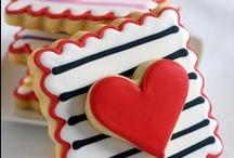 Pretty Cookies - Valentine's Day / by Diane Monty