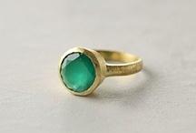 Jewellery / by Geraldine Beveridge