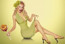 Pin-up Photography & Vintage Illustrations / by The Portrait Photography Group