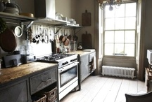 Baths & Kitchens / by Valerie Hedlund