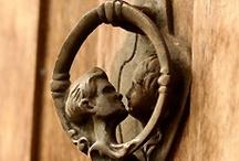 Knock,knock,knocking... / by Susana Merlo de Novillo