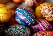 Pisanki, Egg Decorating & Easter Customs / Pisanki, wyklejanki, skrobanki, kraszanki, nalepianki... And Easter Basket święconka notes, too. / by Heart Dancing