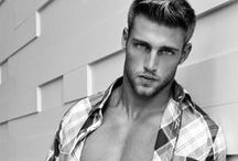 Hotties / All about hot men.  / by Roderick Rrbsfca