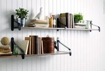 neat and organized. / inspiration for an organized workspace. / by Shaïna Doliny