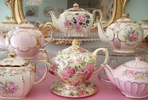 Teacups and teapots! / by Anne Allshouse
