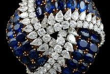 Jewellery - Sets, Unusual Pieces & Royal Jewels / by Iram Kotia