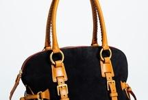 Bags / by Laura Mena