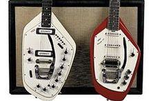 Guitars woo woooo wooooooo / Cracking good guitars / by Bruce Burn