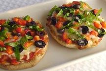 Pizzas / by Lupe Ayllon Menoyo